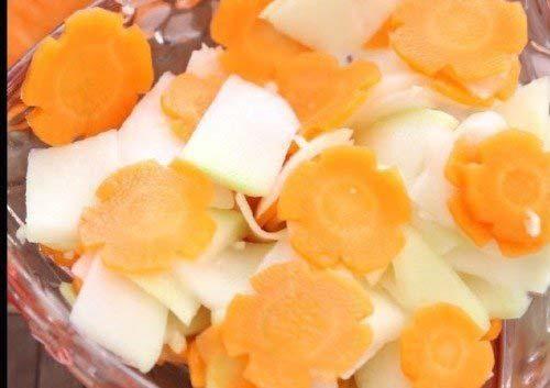 Cách làm dưa góp su hào cà rốt ngon giòn sần sật nhai rất đã miệng